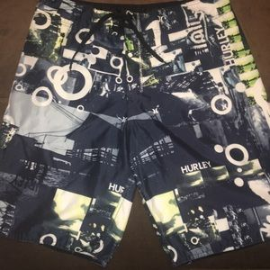 Hurley bathing suit board shorts